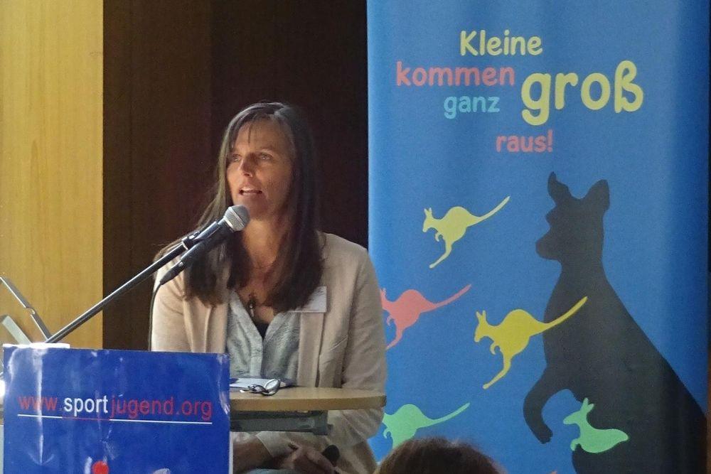 Dozentin Sonja Quante zum Thema Bewegung formt das Gehirn