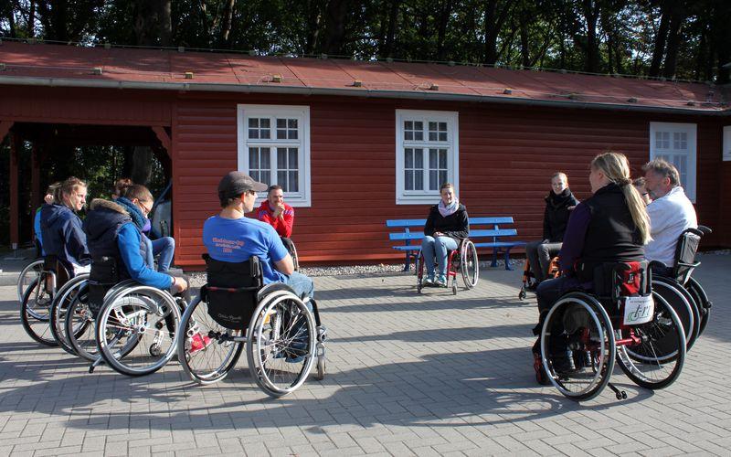 Förderprogramm ZI:EL Gruppr Rollstuhlfahrer